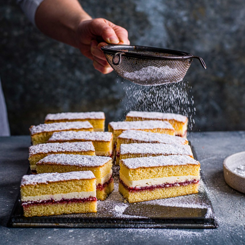 Victoria Sponge Cake - Image